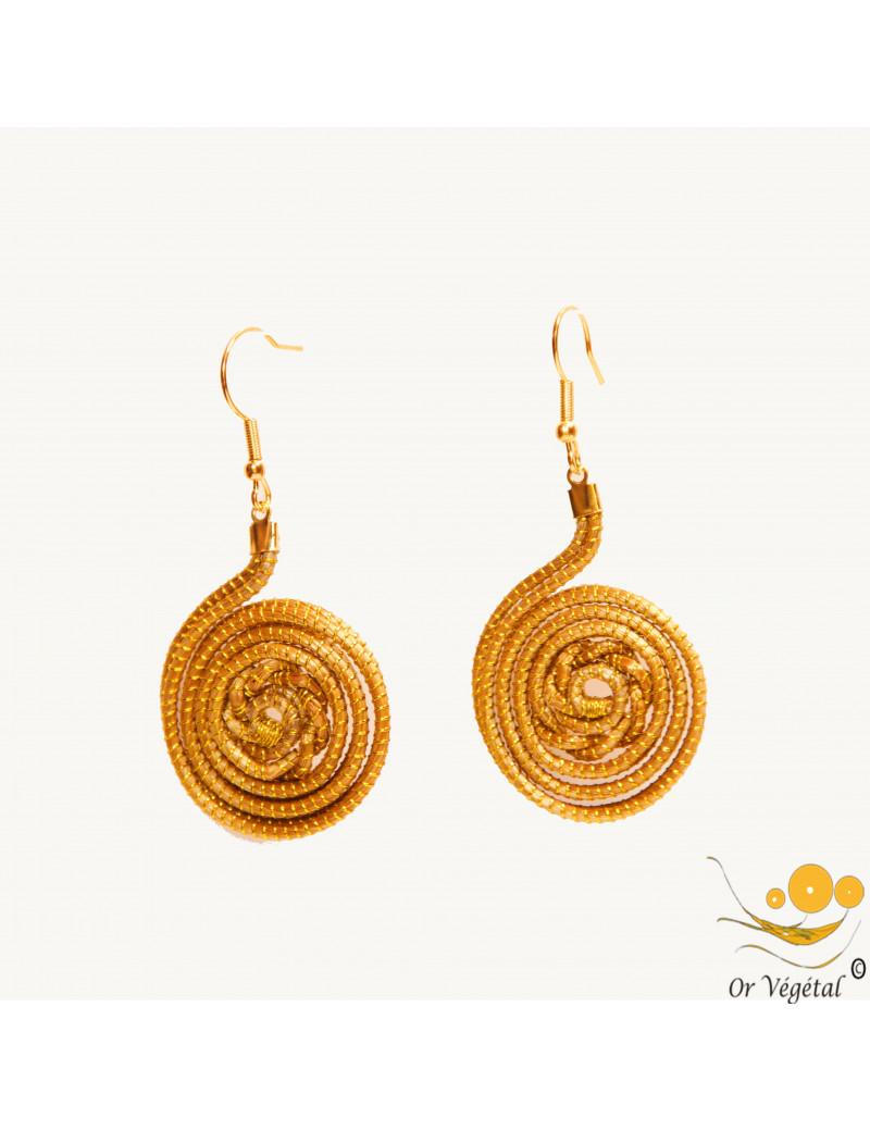 Boucles d'oreilles en or végétal cerclés et tressée en cercle