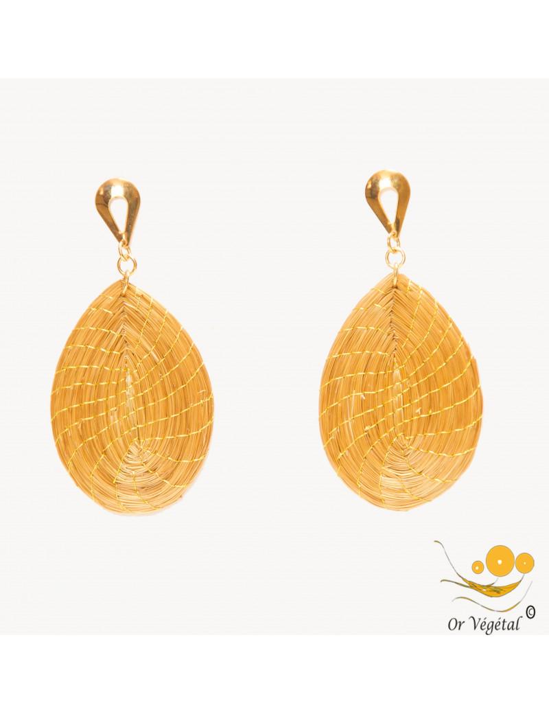 Boucles d'oreilles tressées en or végétal en forme de goutte pleine