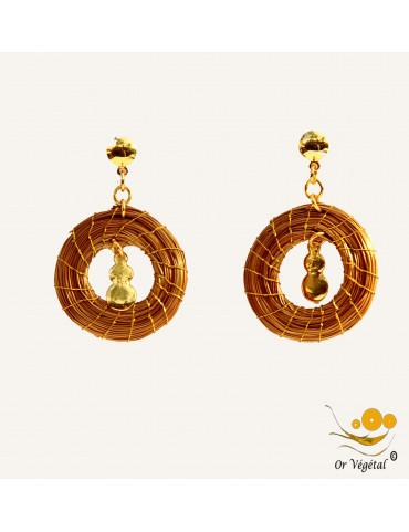 Boucles d'oreilles en or végétal en forme de cercle & décoration
