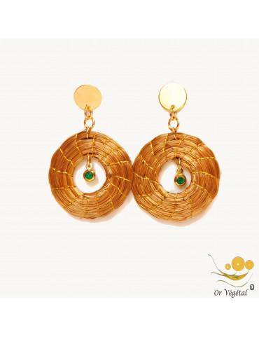 Boucles d'oreilles en or végétal tressée en cercle creux avec décoration