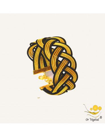 Bracelet en or végétal cerclé et entrelacé en tresse avec macramé noir