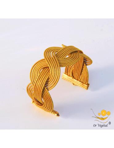 Bracelet en or végétal cerclé et entrelacé en vague et en ligne