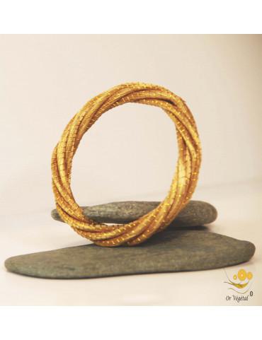 Jonc en or végétal constitué de plusieurs anneaux entrelacés