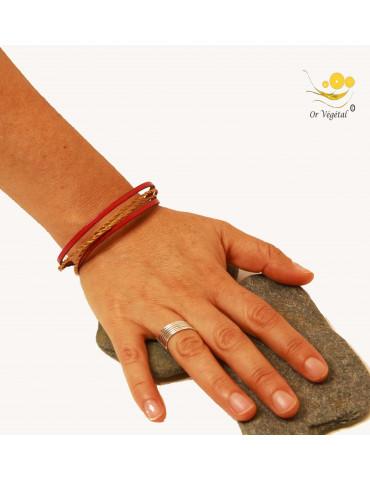Bracelet souple en or végétal tressé  & lanière en cuir teinté