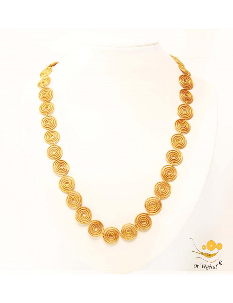Collier en or végétal cerclé en forme de chaine de doubles spirales
