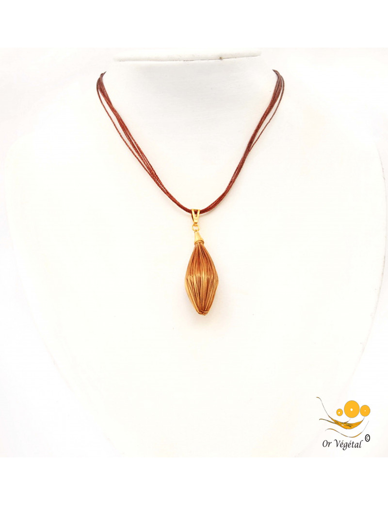 Collier en coton ciré avec pendentif en or végétal nature