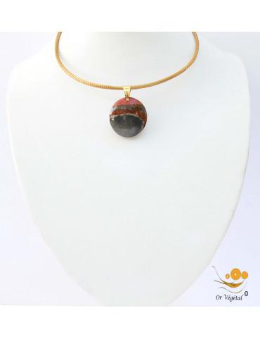 Collier cerclé en or végétal avec pendentif en jaspe