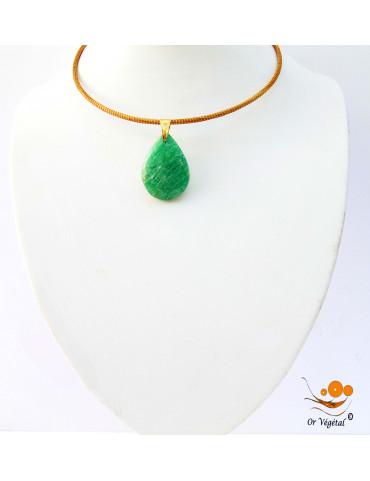 Collier cerclé en or végétal avec pendentif en amazonite de Madagascar