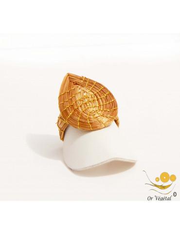 Bague en or végétal tressée en  forme de GOUTTE