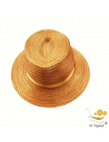 Chapeau de style panama en or végétal avec lacet et une double spirale cerclée