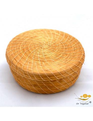 Boite tressé en or végétal de forme ronde avec couvercle