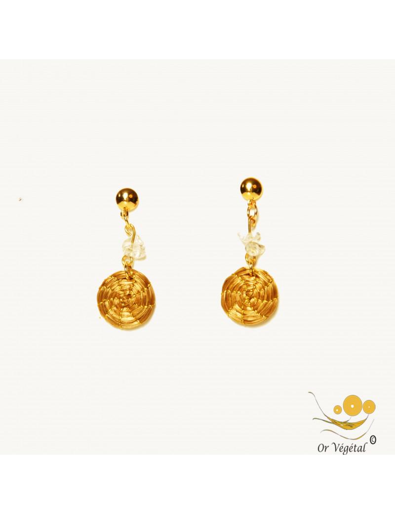Boucles d'oreilles en or végétal tressés en mandala avec cristal de roche